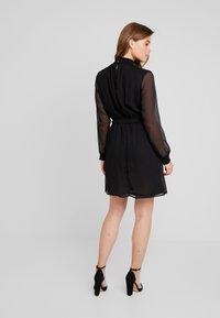 Pieces - PCAMALIE DRESS - Sukienka letnia - black - 2