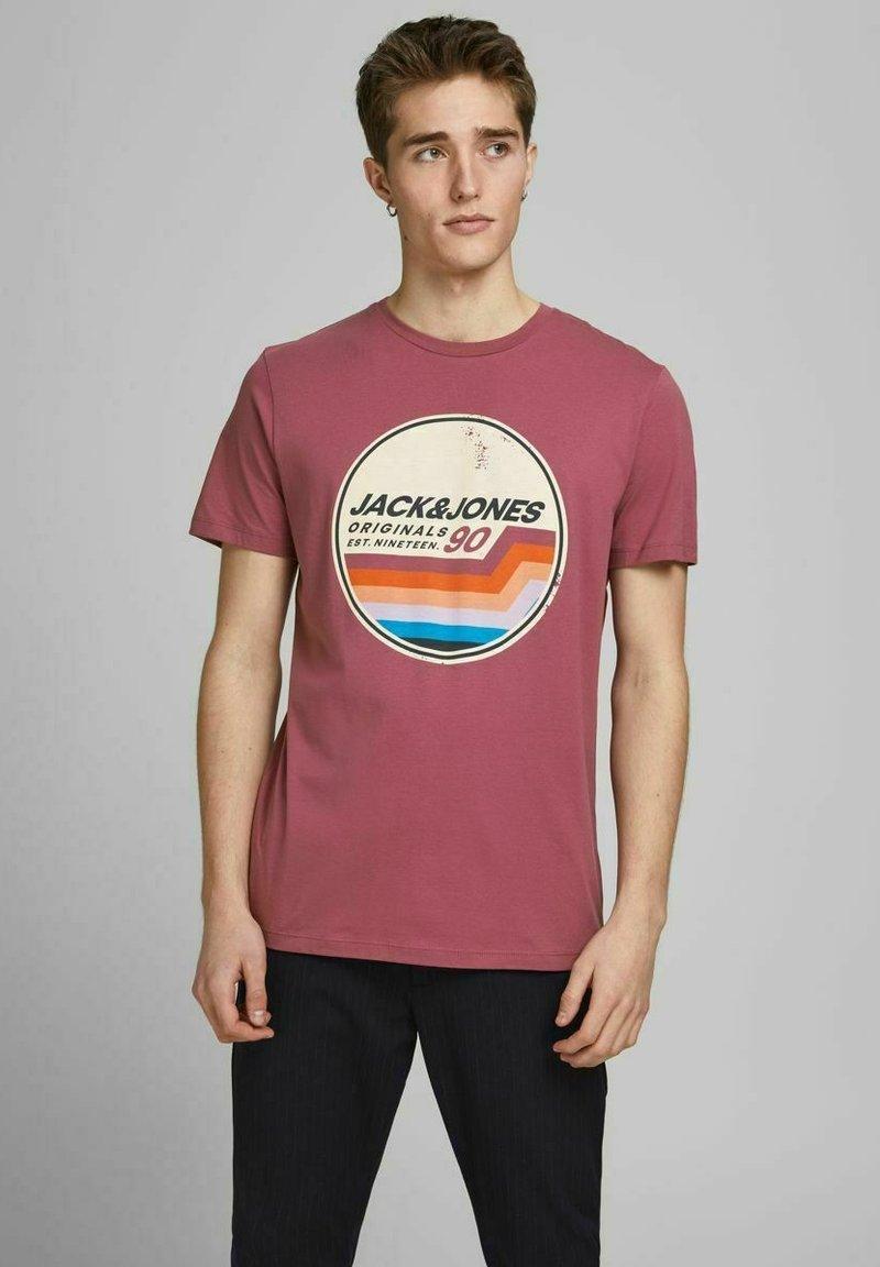 Jack & Jones - JORTYLER TEE CREW NECK  - Print T-shirt - hawthorn rose