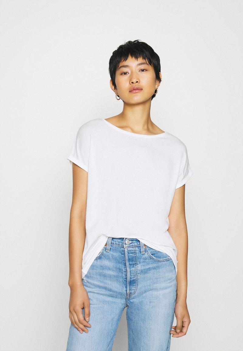 QS by s.Oliver - KURZARM - Basic T-shirt - ecru