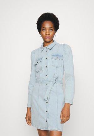 ONLMONICA DRESS - Spijkerjurk - light blue denim