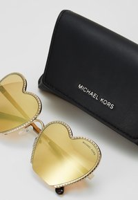 Michael Kors - Sunglasses - gold-coloured - 1
