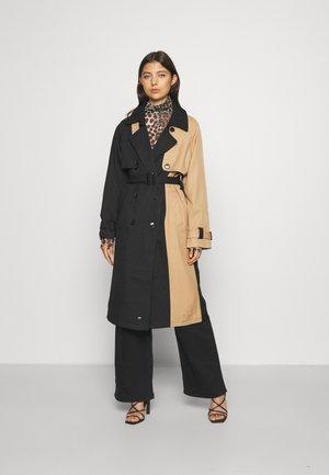 BICOLOR COAT - Klasický kabát - black