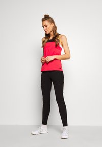 The North Face - WOMENS NORTH DOME TANK - Top - cayenne red/black - 1