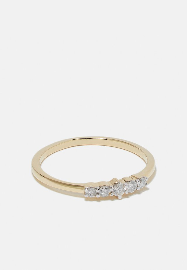 NATURAL DIAMOND RING CERTIFIED 0.13CARAT 5 STONE DIAMOND RINGS 9KT WHITE GOLD DIAMOND JEWELLERY GIFTS FOR WOMENS - Anello - gold-coloured