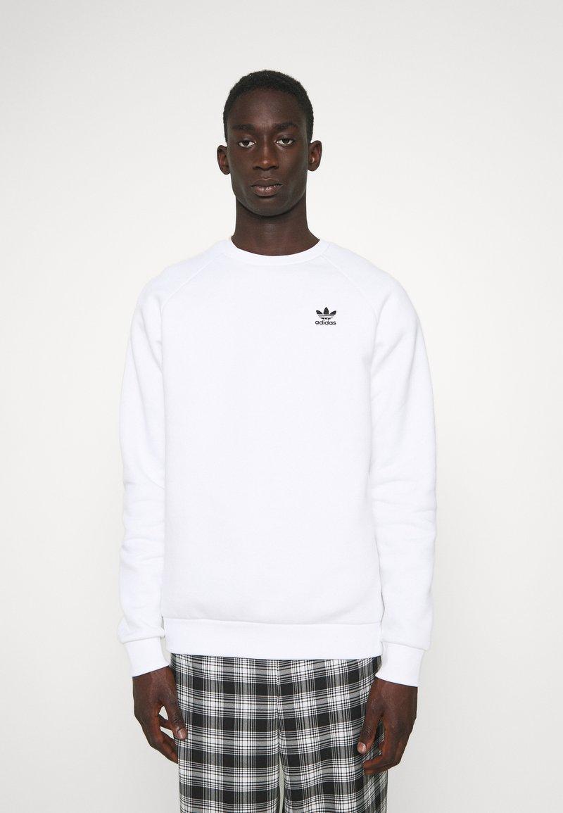 adidas Originals - ESSENTIAL CREW - Sweatshirt - white
