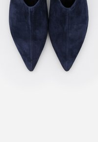 WEEKEND MaxMara - CARNIA - Ankle boots - nachtblau - 6