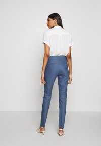 Mos Mosh - BLAKE NIGHT LONG PANT - Spodnie materiałowe - indigo blue - 2