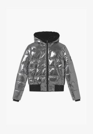 BASIC METALIC GIRLS - Snowboardová bunda - silver oxid