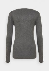 Dorothy Perkins Tall - PEARL BUTTON CUFF V NECK JUMPER - Maglione - grey marl - 1