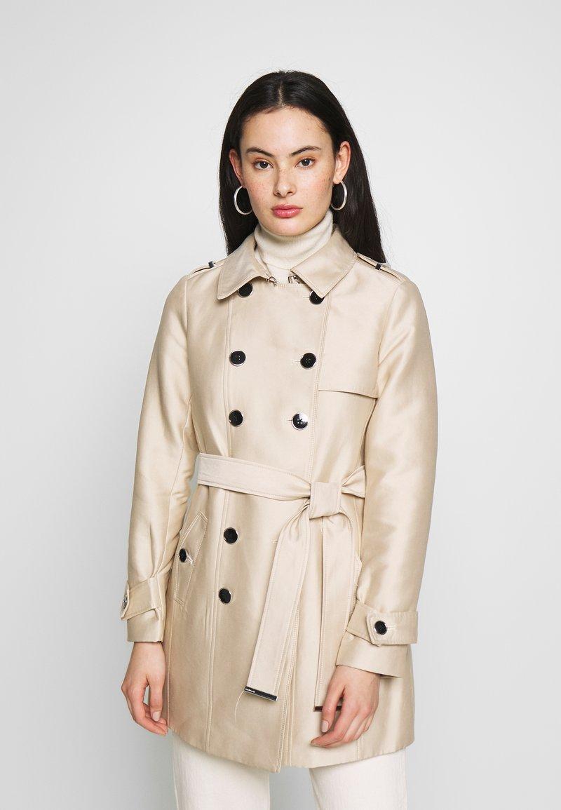 Morgan - GROOVE - Trenchcoat - beige