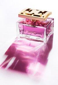 Escada Fragrances - ESPECIALLY EAU DE PARFUM - Perfumy - - - 4