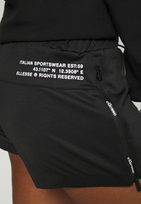 Ellesse - VENO SHORT - Pantalón corto de deporte - black - 3