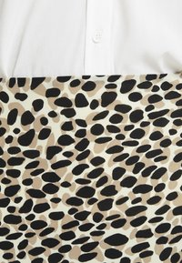 Great Plains London - CARA LEOPARD - A-line skirt - beige - 4
