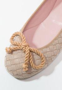 Pretty Ballerinas - HAMAL - Baleríny - sand - 6