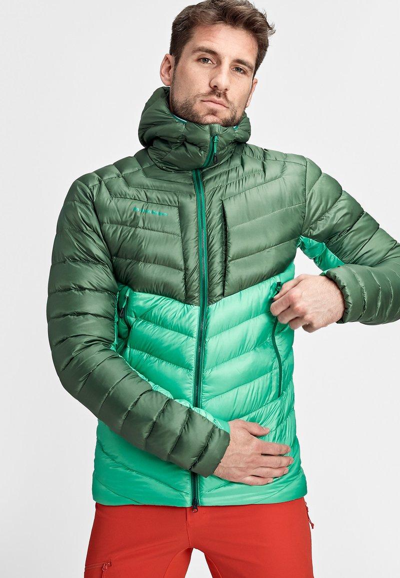 Mammut - BROAD PEAK  - Winter jacket - deep emerald-woods