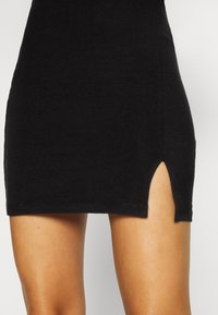 Even&Odd - Basic mini skirt with slit - Minirock - black - 4