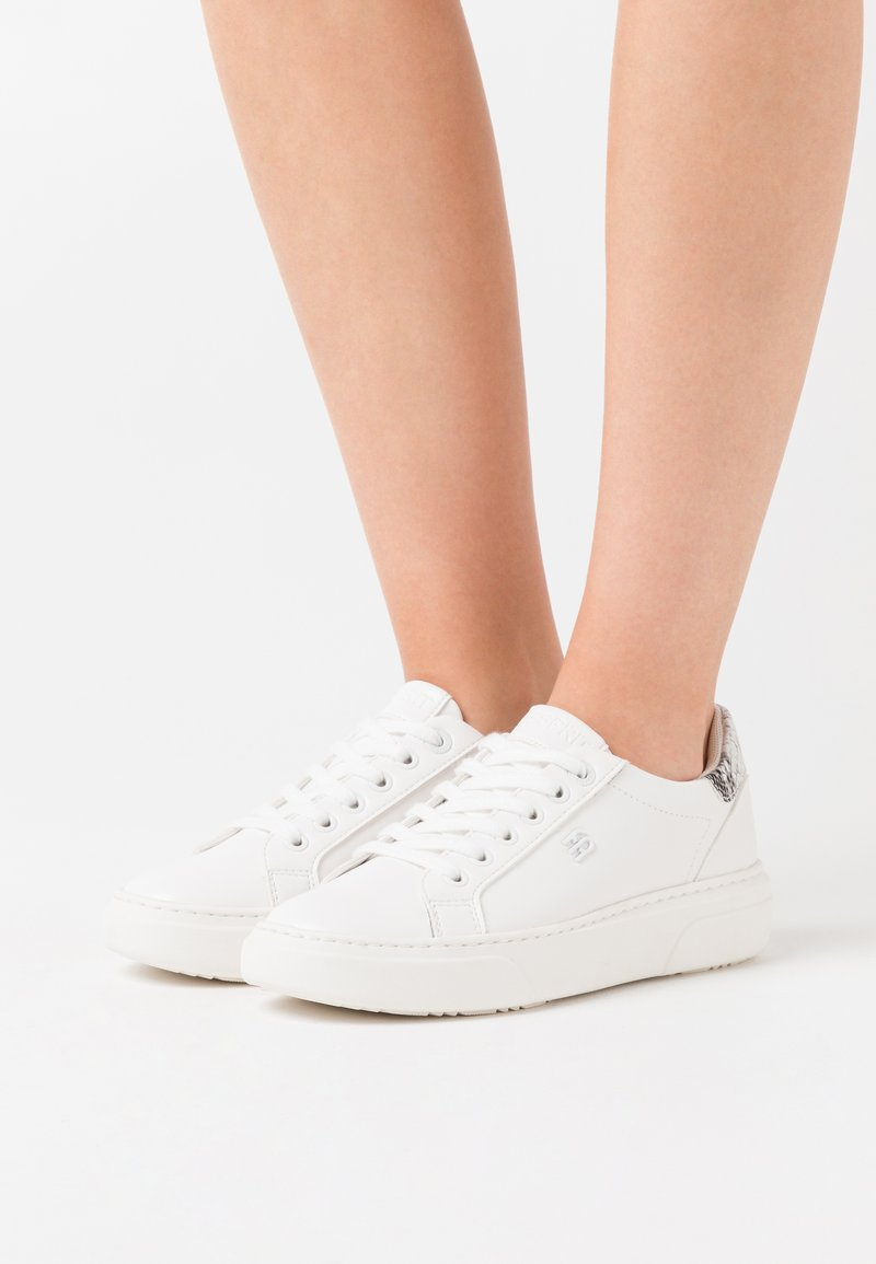 Esprit - BLANES - Sneakers laag - white