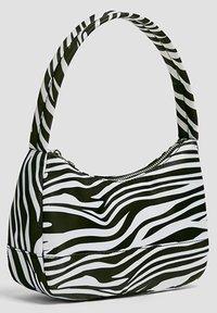 PULL&BEAR - Håndtasker - white - 2