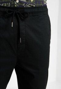 Solid - TRUC CROPPED - Spodnie materiałowe - black - 5