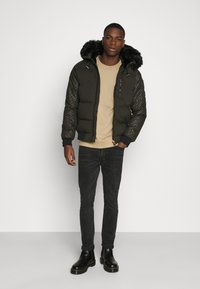 Glorious Gangsta - ARAGO - Winter jacket - khaki - 1