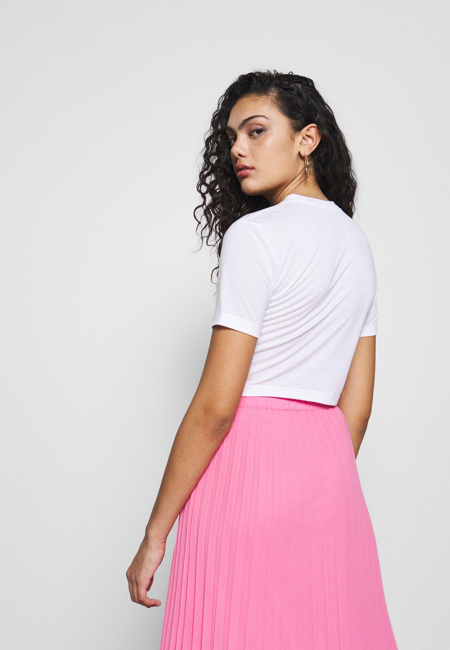 Nike Sportswear W Nsw Tee Slim Crop Lux Pack - T-shirts Med Print White/fire Pink/hvit