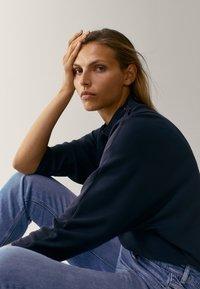 Massimo Dutti - MIT STEHKRAGEN - Long sleeved top - dark blue - 2
