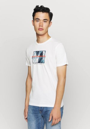 JORBEKA TEE CREW NECK - T-shirt print - cloud dancer