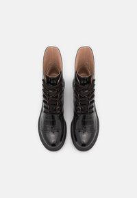 Stuart Weitzman - NISHA - Platform ankle boots - black - 3