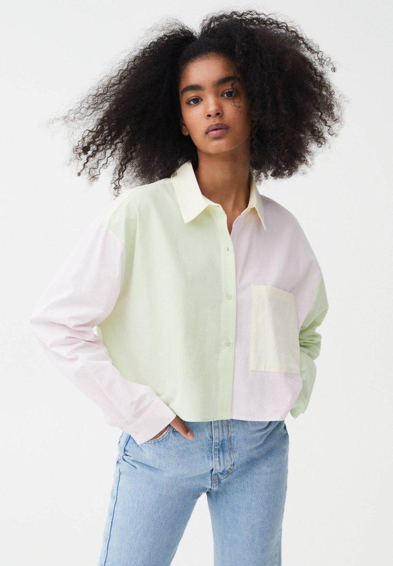 PULL&BEAR - Button-down blouse - mottled light pink