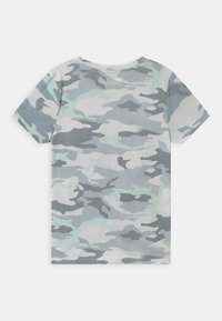 Abercrombie & Fitch - TECH CORE - T-shirt med print - multi-coloured - 1
