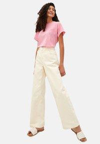 LC Waikiki - Basic T-shirt - pink - 1