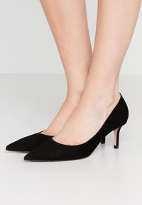 HUGO - INES - Classic heels - black - 0