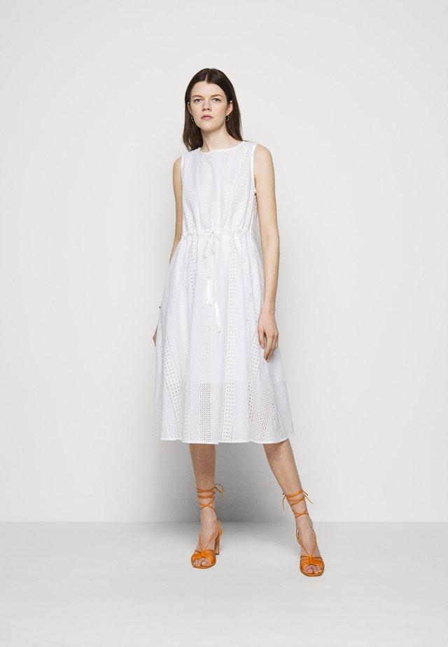 NEPTUNE - Sukienka letnia - bianco