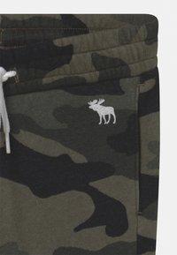 Abercrombie & Fitch - ICON - Pantaloni sportivi - green - 2