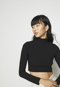 Nly by Nelly - LIGHT CROP  - Longsleeve - black - 3