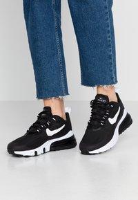 Nike Sportswear - AIR MAX 270 REACT - Baskets basses - black/white - 0
