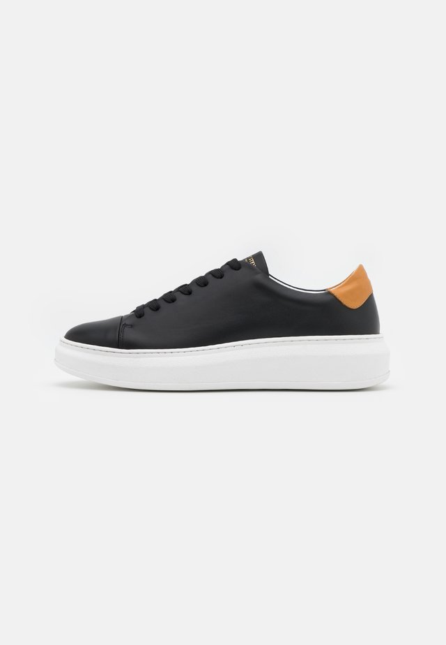 AYANO - Sneakers - black