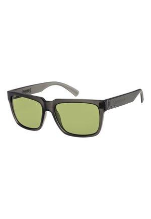 BRUISER - Sunglasses - matte crystal smoke/green