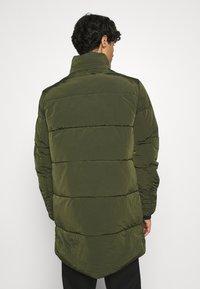Calvin Klein - CRINKLE LONG LENGTH JACKET - Winter coat - green - 3
