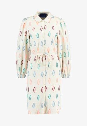 SOLA DRESS - Shirt dress - sand