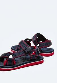 Pepe Jeans - Sandals - azul marino - 4
