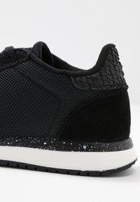 Woden - YDUN FIFTY - Sneakersy niskie - black - 2