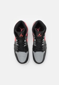 Jordan - AIR 1 MID - Sneaker high - black/hot punch/white/particle grey - 3