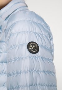 MICHAEL Michael Kors - ECO PUFFR - Down jacket - pastel blue - 4