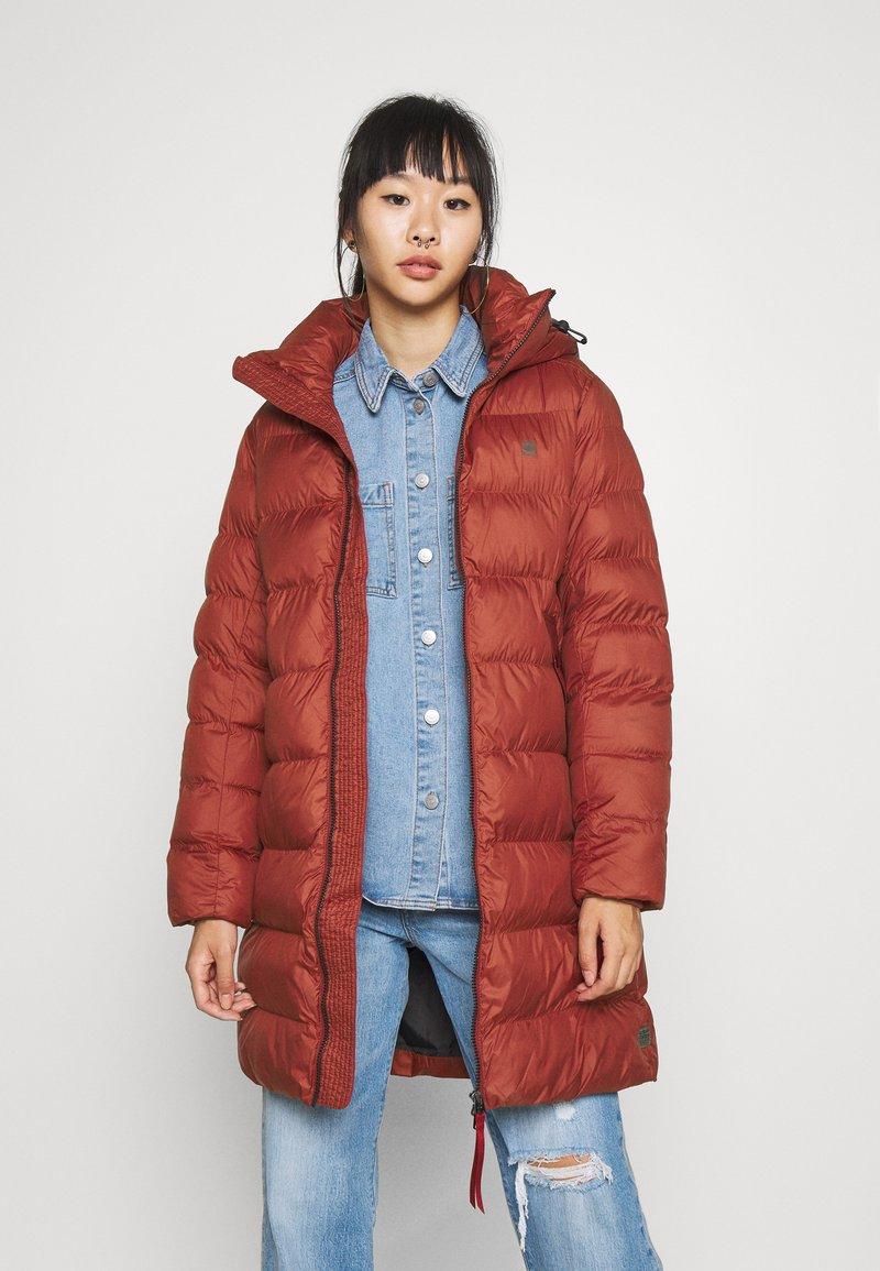 G-Star - WHISTLER SLIM LONG COAT - Zimní kabát - dry red