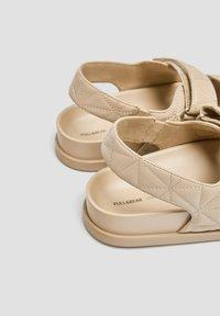 PULL&BEAR - Platform sandals - sand - 4