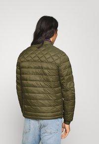 Tommy Hilfiger - Light jacket - green - 2