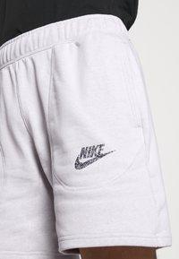 Nike Sportswear - Shorts - pure - 4