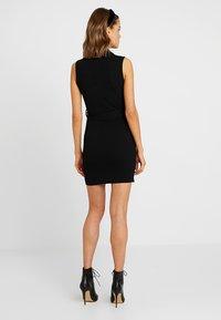 Missguided - HIGH NECK TIE WAIST MINI DRESS - Shift dress - black - 3