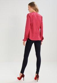 Mos Mosh - MATTIE - Button-down blouse - cherry - 2